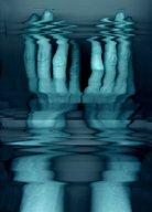 "hand1.jpg - ""Hands""  C - Print - Transparency  21 x 29 cm,   ""Formation Blau"" -  TSP Druckhaus Potsdamerstr. Berlin 2001  Foto : Barbara Wolters  copyright"